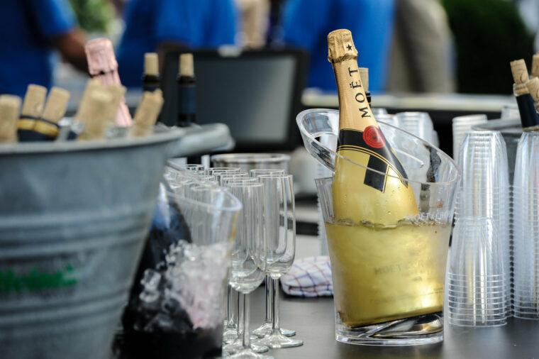Rsz champagne bar detail 1