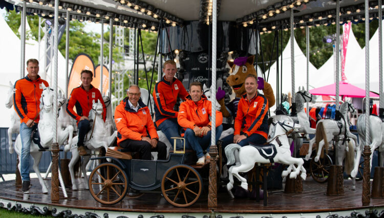 DV Teamfoto springruiters Nederland 07795